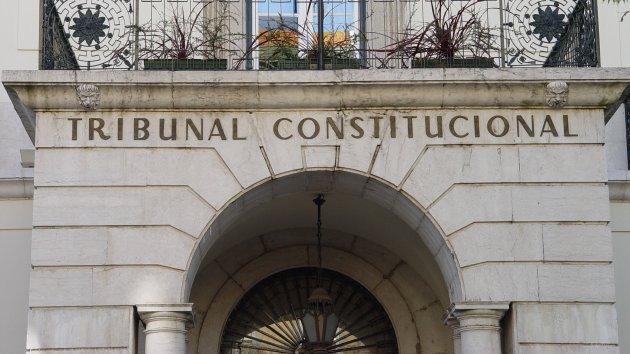 Trib Constitucional
